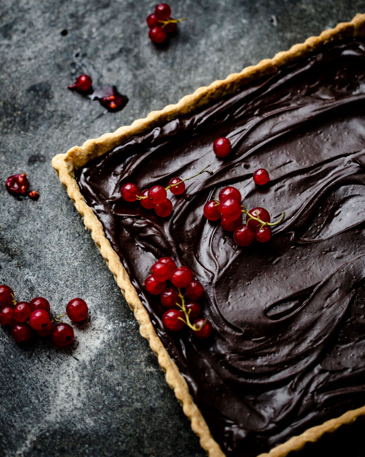 larsen_chocolate_ganache_tart_with_fresh_fruit_0026